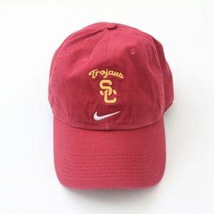 NWOT NIKE USC TROJANS ADJUSTABLE PERFORMANCE HAT